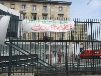 Urgences Lariboisière en grève. img_0527.jpg