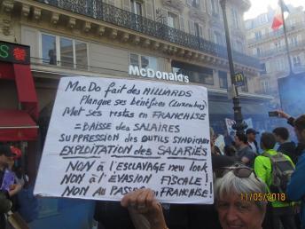 Rassemblement devant le McDonald's de la gare du Nord 12 mai 2018 img_7417.jpg