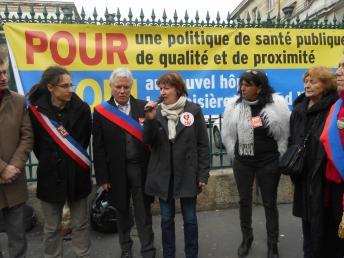 Rassemblement devant Lariboisière 10 mars 2015 _escn1115.jpg
