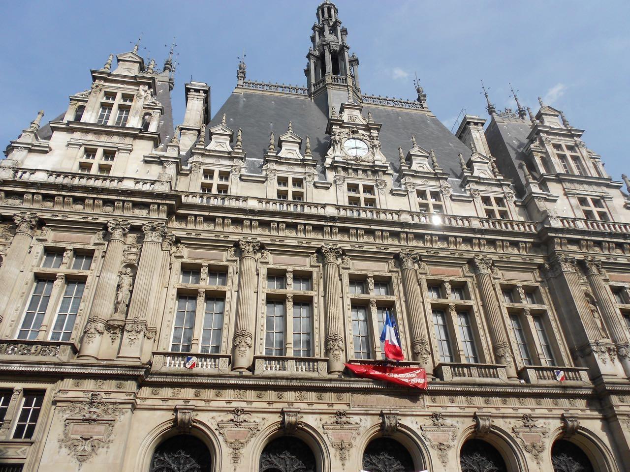 Mairie 10ème 31 mai 2012 dscn 0709.jpg