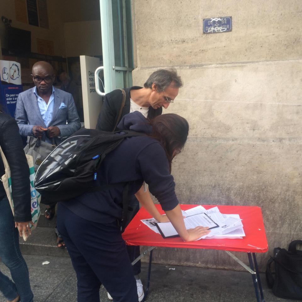 Non au projet de fermeture du bureau de poste de la gare du nord pcf paris 10 - Bureau de poste paris 12 ...