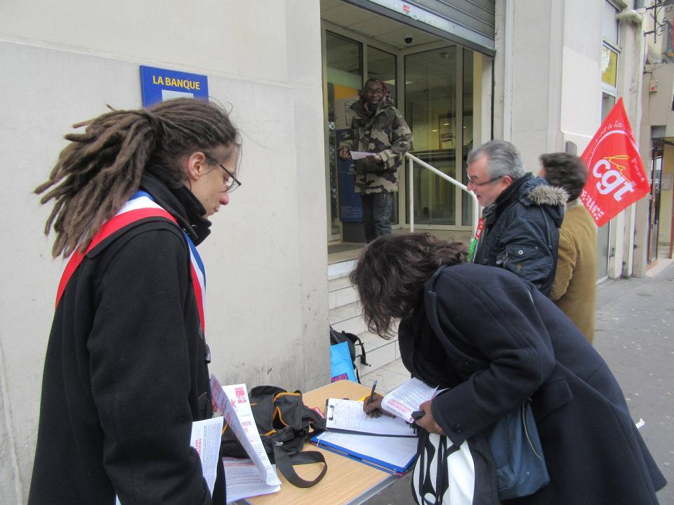 Bureau De Poste De La Gare De Lest Encore Un Projet De Fermeture